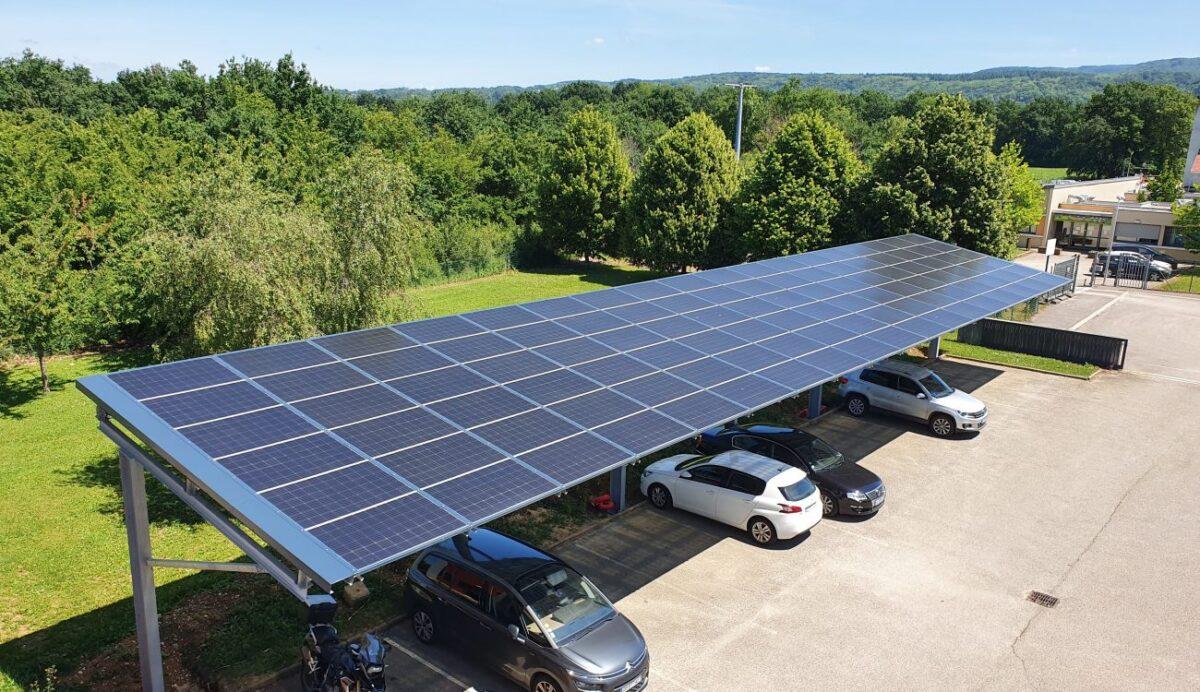 Avis de publicité pour projet dombrière solaire à Saint Jacut